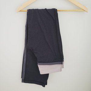 lululemon black pant with grey side panel